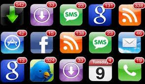 Ogni giorno passiamo 20 minuti in più sui Social che davanti alla Tv