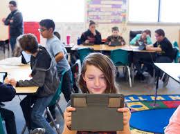 La diffusione della tecnologia nelle scuole un programma presentato da Tim Cook e Ivanka Trump